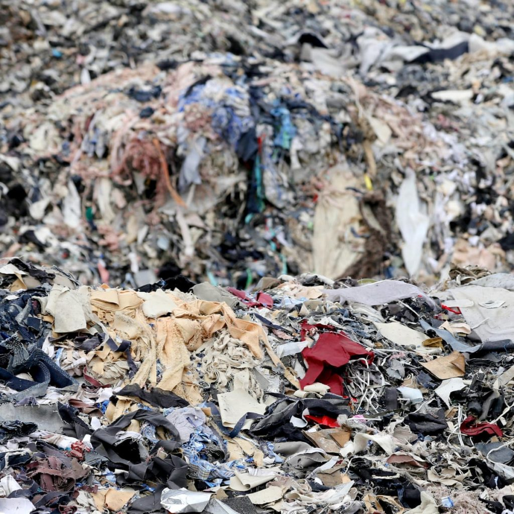 wastes and pollution from e-commerce returns impact the environment