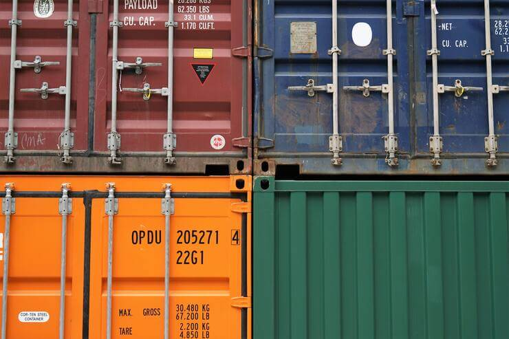 transports and logistics cause important environmental problems